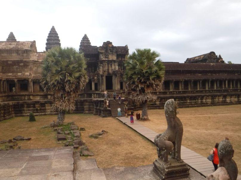 01.24.2016_AngkorWatJPG018