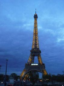 PG.Eiffel.Tower003