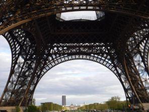PG.Eiffel.Tower007