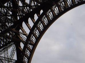 PG.Eiffel.Tower008
