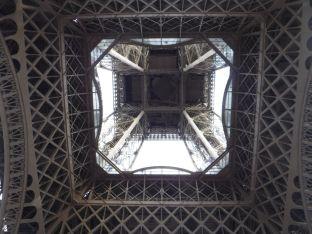 PG.Eiffel.Tower009