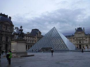 PG.Paris.Louvre160
